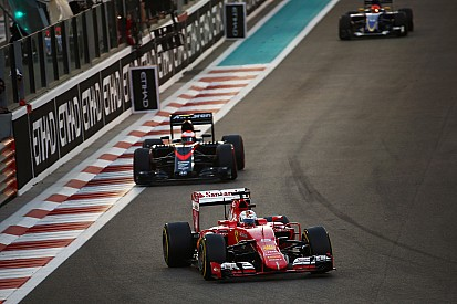 Vettel apunta que no quieren ser perdedores en 2016