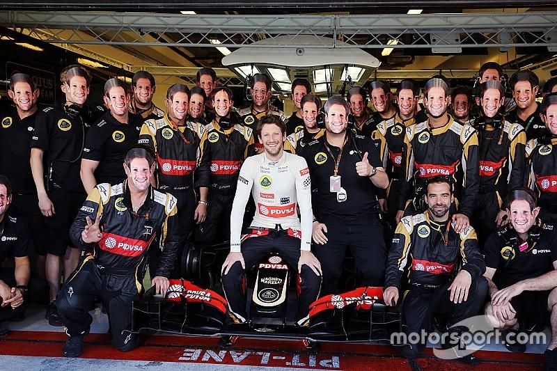 Emotional Grosjean ends Lotus career with charging drive