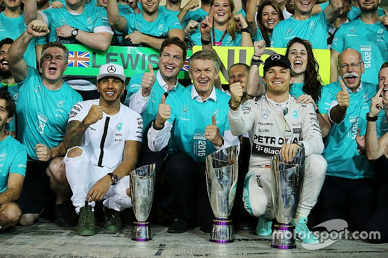 Rosberg and Hamilton wrap up the 2015 season in style at the Abu Dhabi GP