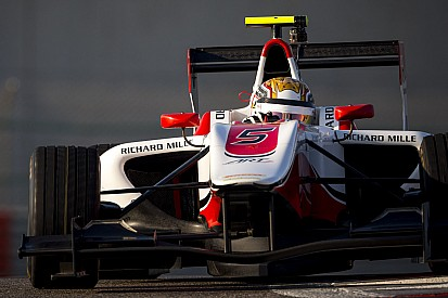 Leclerc termine la première journée d'essais en tête