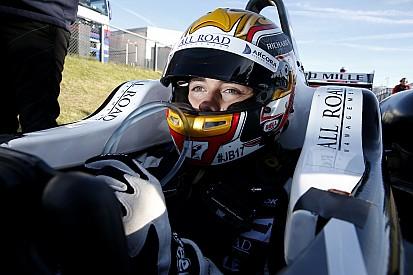 Леклер завершил тесты GP3 с лучшим результатом