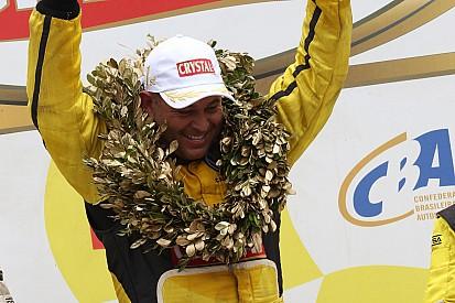 Leandro Totti é tricampeão da Fórmula Truck