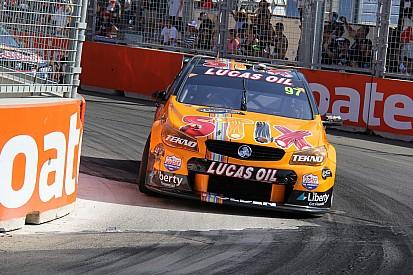 V8超级房车赛:范吉斯伯根拿下全年最后一回合冠军