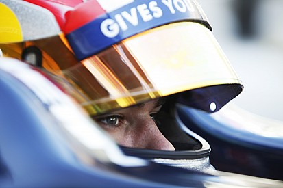 Gasly reste dans le giron Red Bull pour 2016