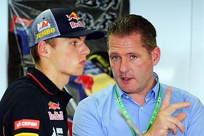 Йос Ферстаппен польщён слухами об интересе к сыну со стороны Ferrari