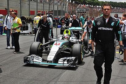 """Mercedes """"pas certain"""" de pouvoir faire face au calendrier 2016"""