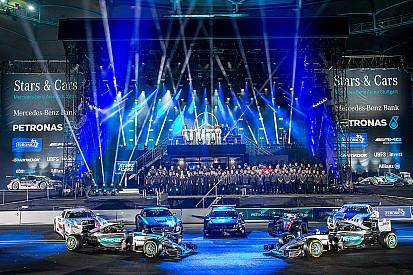 Photos - Les moments marquants du Stars & Cars de Mercedes!