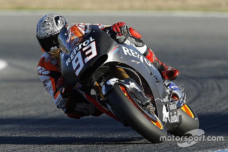 Brad Baker, segundo triunfo en Barcelona por delante de Márquez