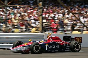 IndyCar Contenu spécial Vidéo IndyCar 2005 - Danica Patrick écrit l'Histoire à Indianapolis, Wheldon s'impose