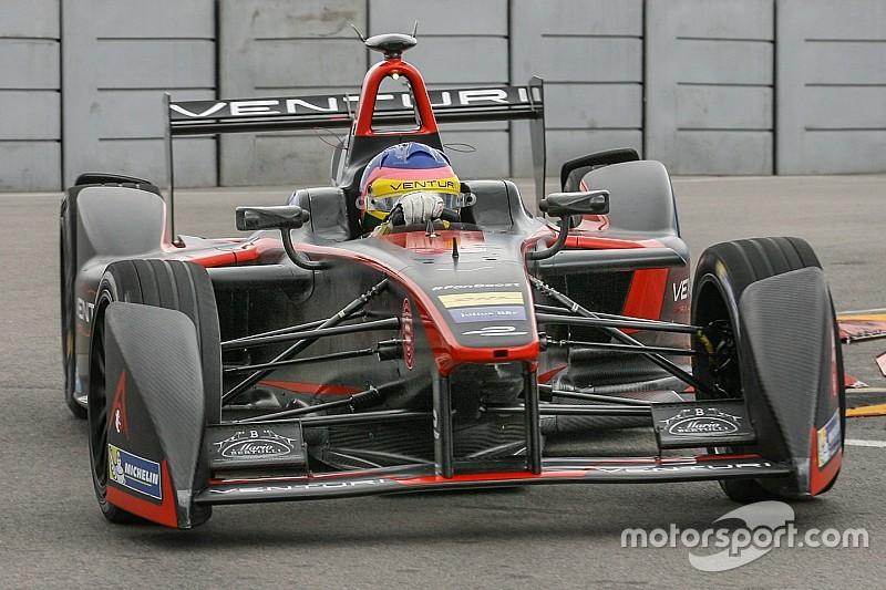 Após acidente, Villeneuve está fora do ePrix do Uruguai