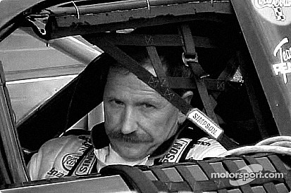 Vos moments marquants - 2001, le décès de Dale Earnhardt