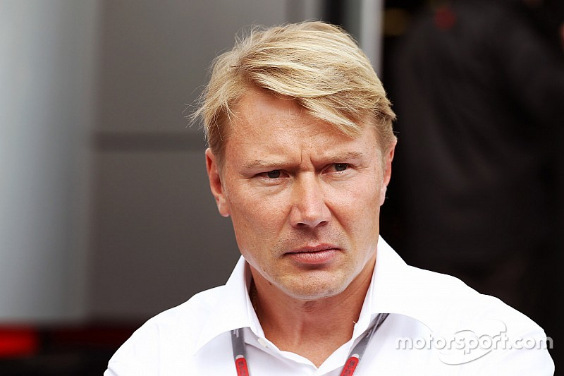 Hakkinen parts ways with long-time manager Coton
