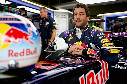 """""""Red Bull voltará mais forte do que nunca"""", diz Ricciardo"""