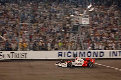 Vidéo IndyCar 2005 - Castroneves montre la voie à Richmond