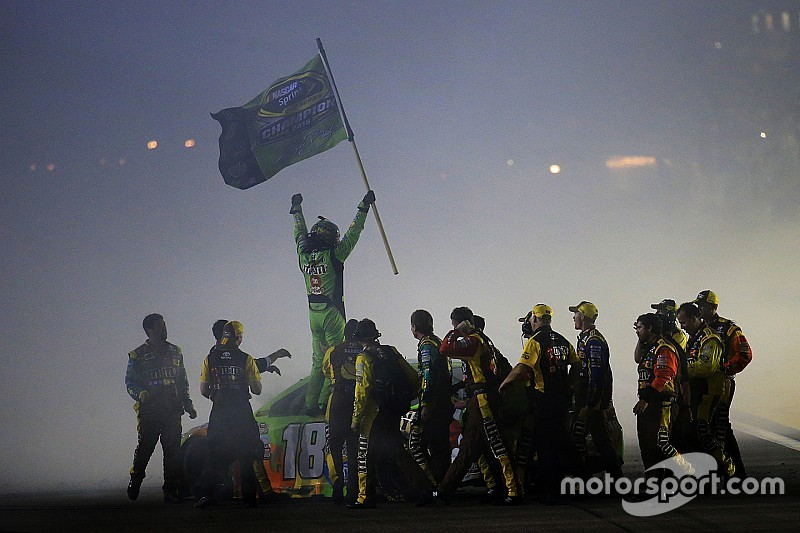 Top Stories of 2015; #3: Injured Kyle Busch makes epic comeback to win Cup crown