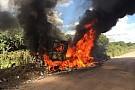 Dakar, va a fuoco il camion Renault di Van den Brink!