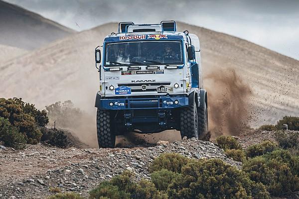 Dakar Trucks, Stage 5: Nikolaev takes first win for Kamaz, Villagra leads