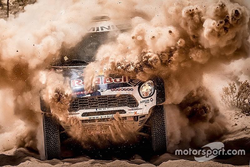 In Sand und Staub: Die beinharte Realität der Rallye Dakar im Video