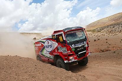 Dakar, Camion, Tappa 6: Stacey svetta con il Man