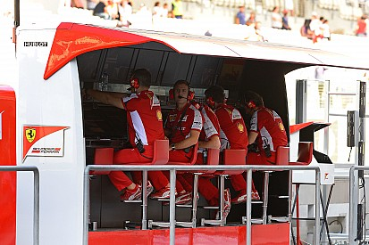 F1 team radio clampdown 'not enough', says Alesi