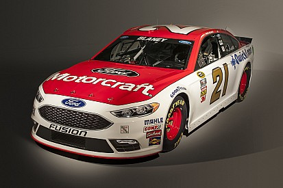 Ford unveils new nose for 2016 Sprint Cup car