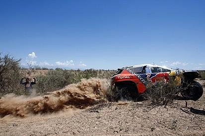 Dakar, la trasmissione ko costa un'altra ora a Loeb