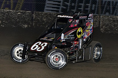 Clauson wins final Chili Bowl qualifier, Kasey Kahne locks himself in