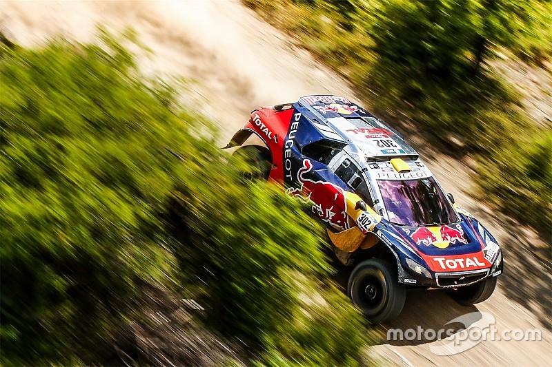 Dakar, Auto: Peterhansel porta in trionfo la Peugeot