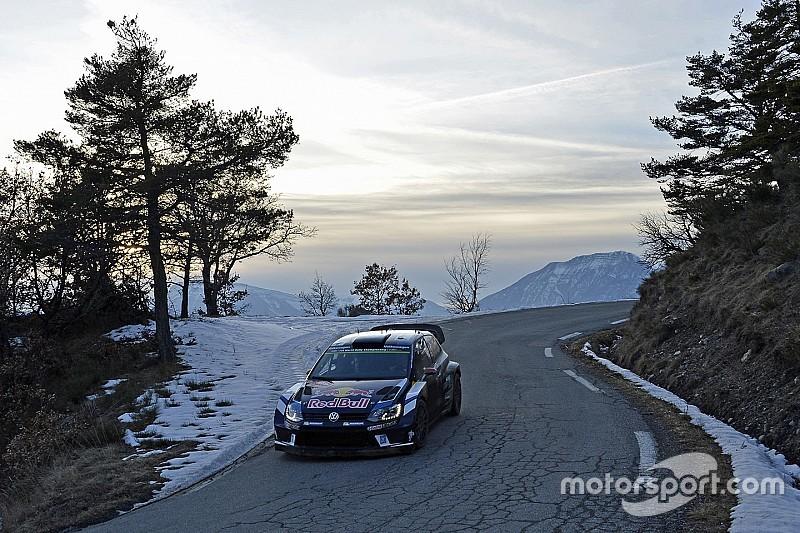 Video: Latvala rijdt fotograaf aan in Rally Monte Carlo