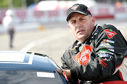 Scott Steckly claims fourth NASCAR Canada title