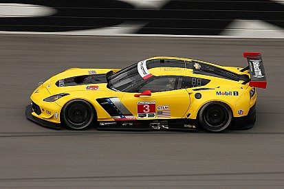 Corvette Racing at Daytona: Going for a Rolex repeat