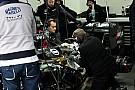 McLaren второй день подряд помешали технические проблемы