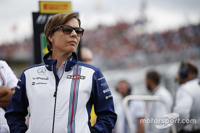 """Claire Williams diz se sentir """"garotinha"""" entre chefes da F1"""