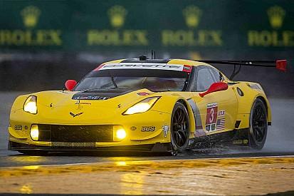 Daytona: doppietta Corvette nelle libere notturne
