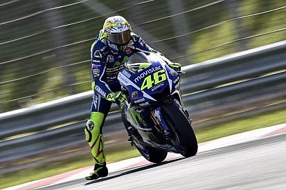 """Rossi: """"mais perto do limite"""" com novos pneus Michelin"""