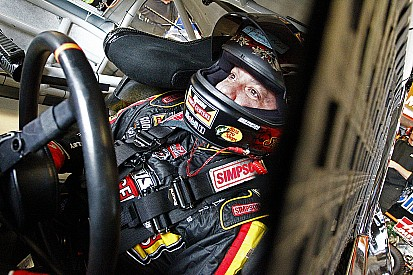 """""""Serious"""" back injury could put Stewart's final NASCAR season in jeopardy"""