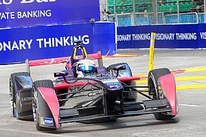 Formule E Résumé de course Course - Bird résiste à un Buemi incroyable