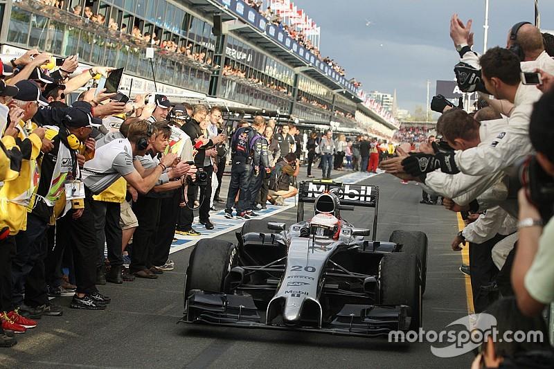 Photos - 2014, premier GP et premier podium pour Magnussen!