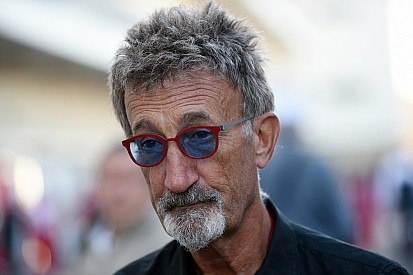 Eddie Jordan se junta a Matt LeBlanc à frente do Top Gear