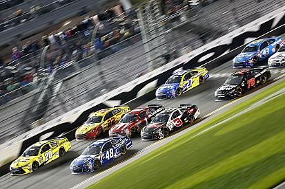 Fotostrecke: NASCAR-Sprint-Cup-Starterfeld 2016