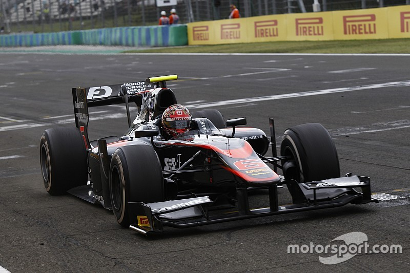 Matsushita stays with ART for second GP2 season