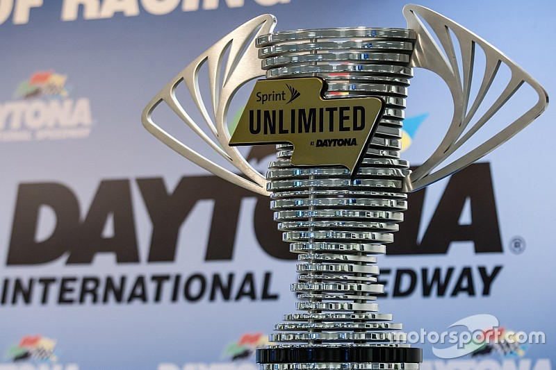 Daytona Sprint Unlimited: Starting grid