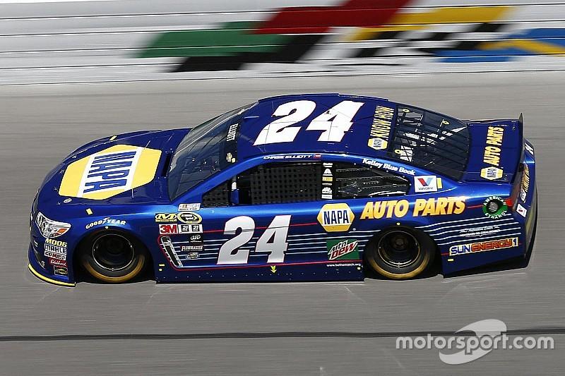 Chase Elliott en pole du Daytona 500 dans la n°24!