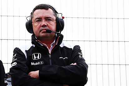 Новая машина McLaren уже лучше прошлогодней, считает Булье