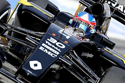"""Palmer: dia """"doloroso"""" para Renault após falhas de software"""