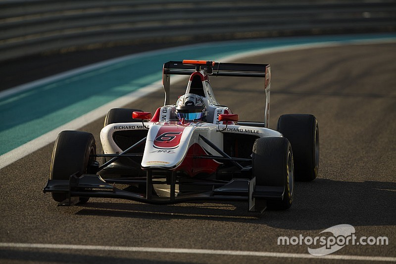 Albon enters GP3 with ART