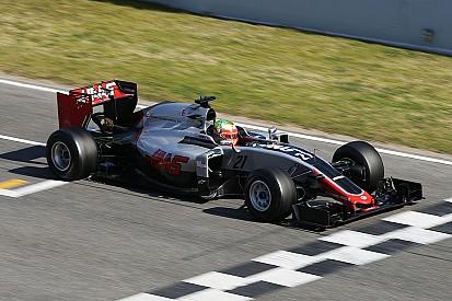 Chefe da Haas, Steiner elogia progresso da equipe em testes