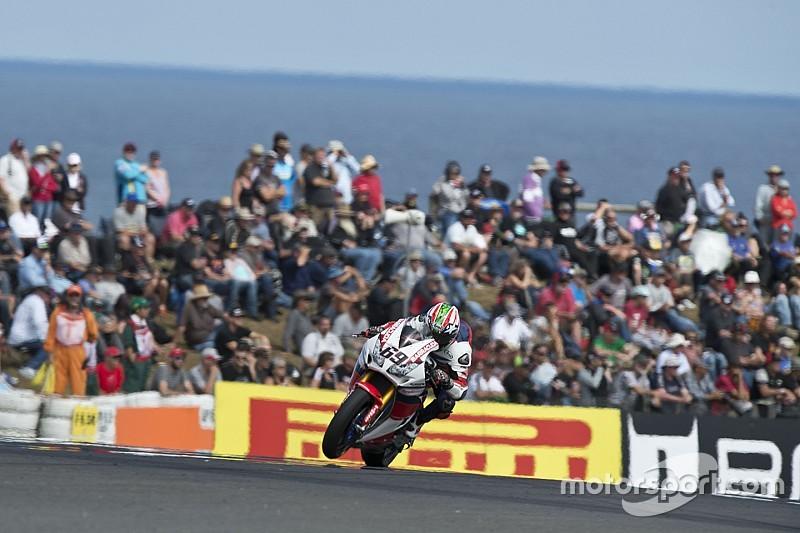 """Hayden, """"desilusionado"""" por no subir al podio en debut en Superbike"""