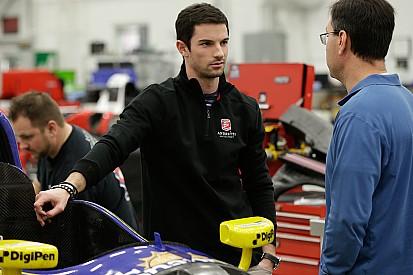 Rossi, emocionado de correr en óvalos, IndyCar y California
