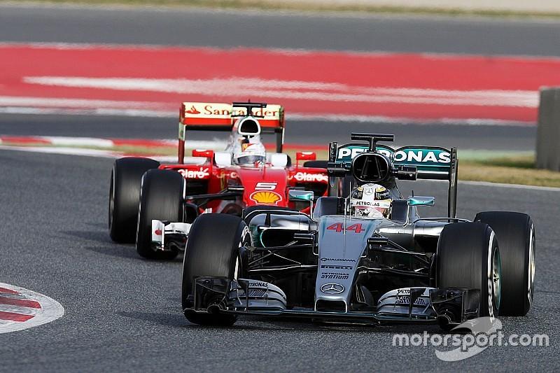"""Hamilton - Les temps des Ferrari ? """"Ça ne veut pas dire grand-chose"""""""
